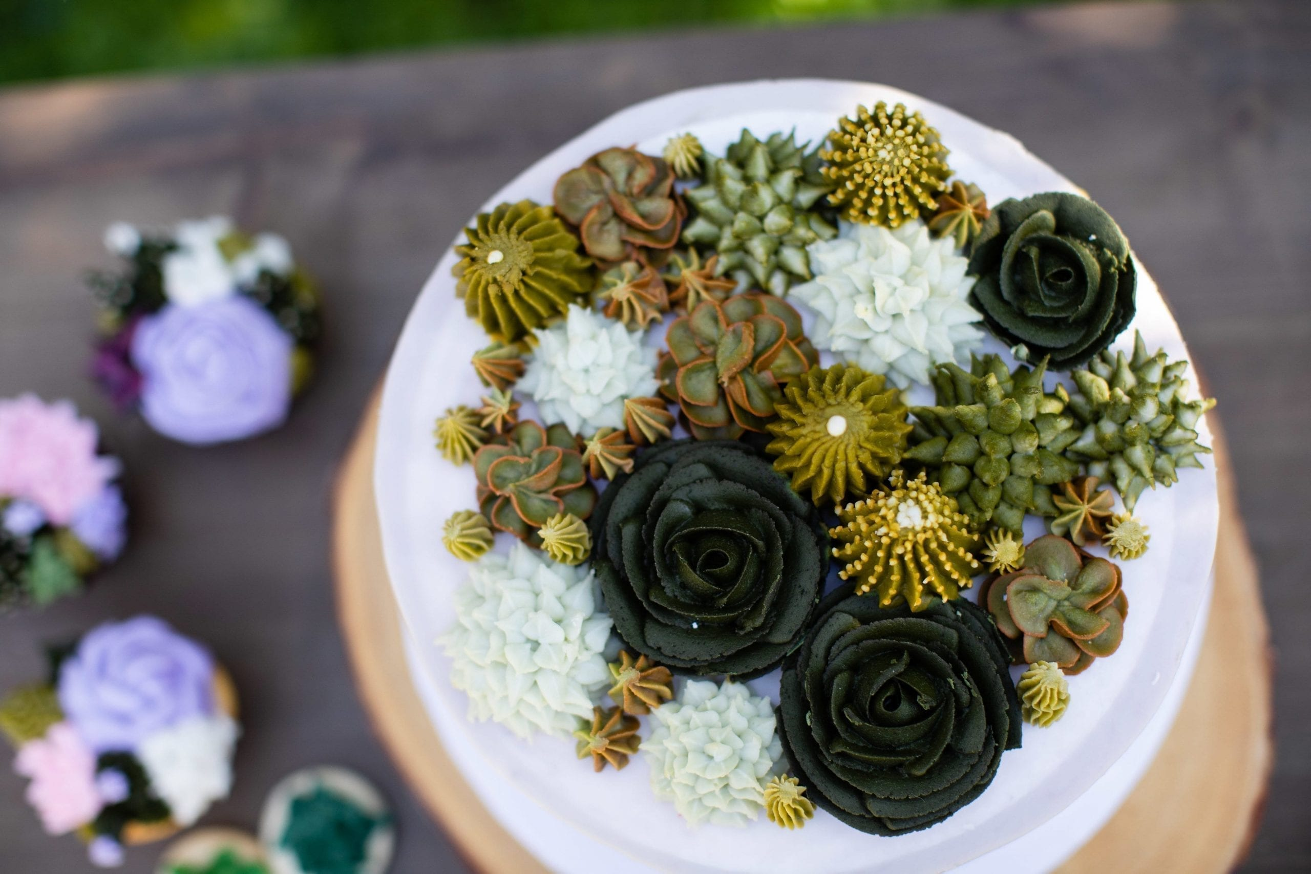 Grey Cake with Succulents | 3 Sweet Girls Cakery