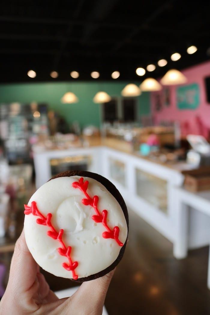 Baseball Cupcakes | 3 Sweet Girls Cakery