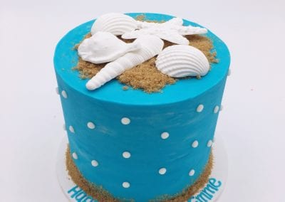 Blue Sea Shell Cake with White Dots | 3 Sweet Girls Cakery