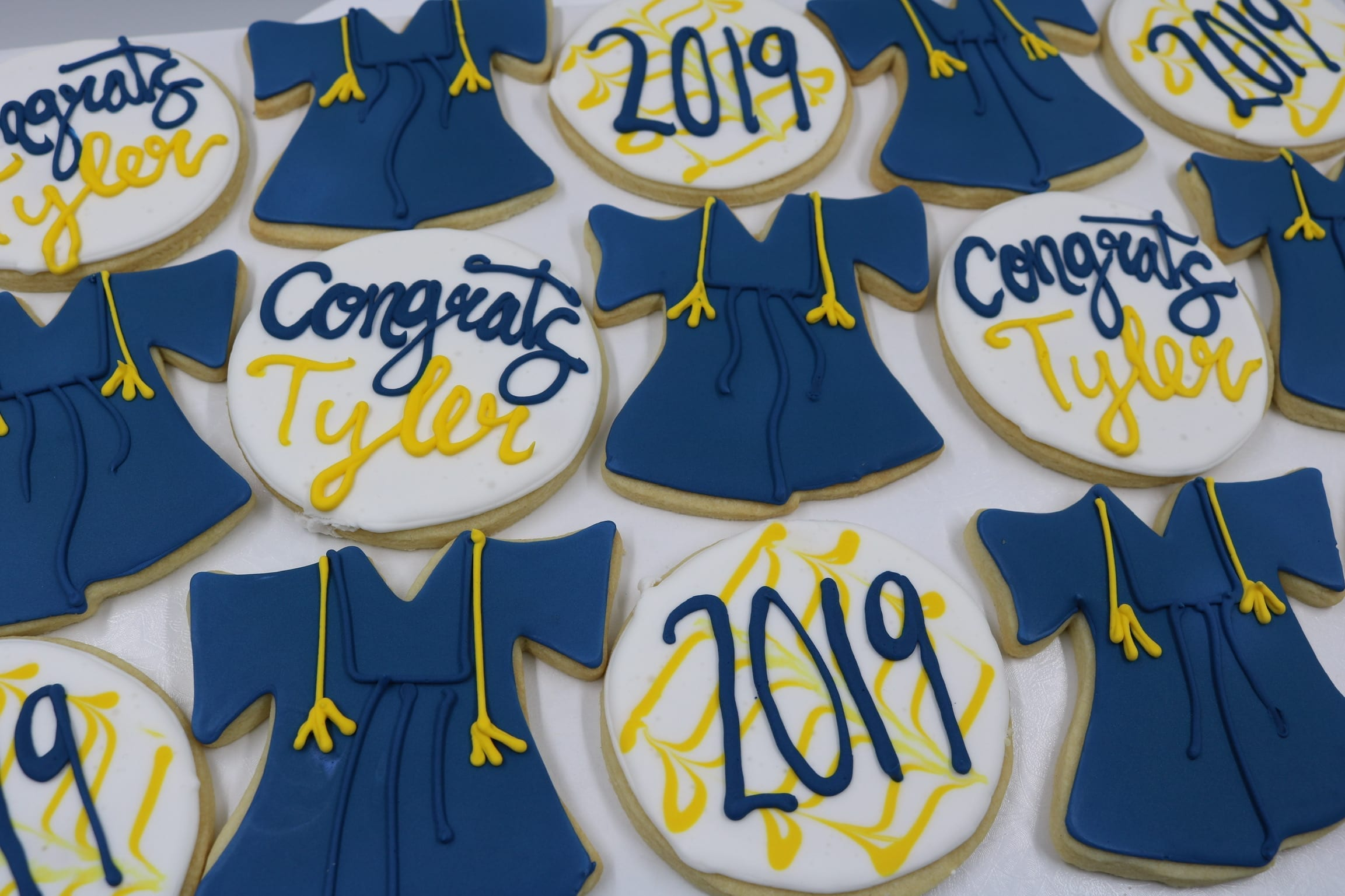 Blue and Yellow Graduation Cookies | 3 Sweet Girls Cakery