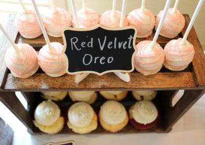 Cake Pops on Wooden Crate | 3 Sweet Girls Cakery