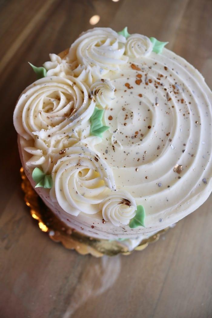Elegant Gold and White Cake   3 Sweet Girls Cakery
