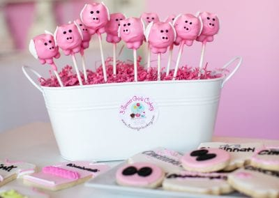 Flying Pig Cake Pops and Cookies | 3 Sweet Girls Cakery