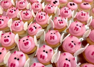 Flying Pig Cupcakes | 3 Sweet Girls Cakery