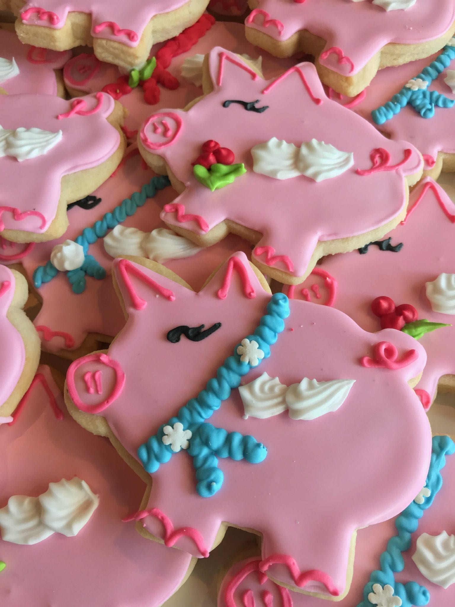 Flying Pig Holiday Cookies | 3 Sweet Girls Cakery