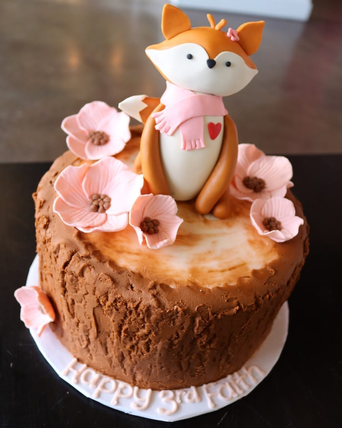 Fox with Pink Flowers on Tree Stunp Cake | 3 Sweet Girls Cakery