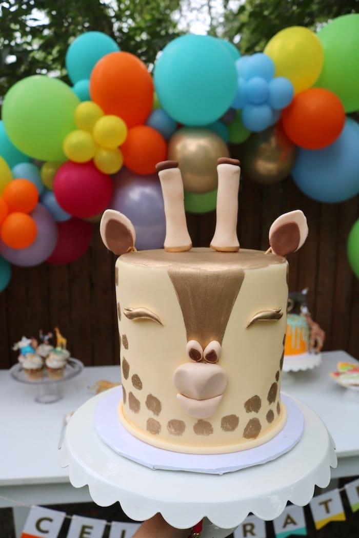 Giraffe Birthday Cake | 3 Sweet Girls Cakery