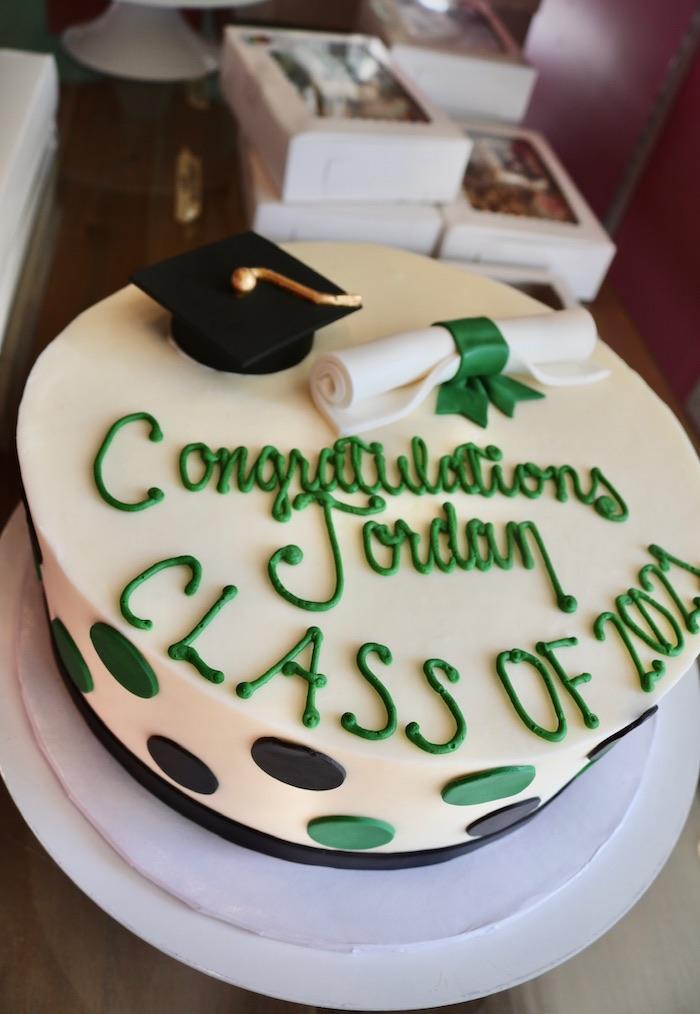 Green and Black Graduation Cake | 3 Sweet Girls Cakery