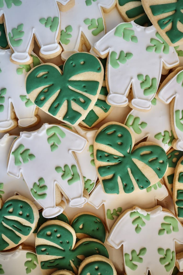 Green and White Jungle Baby Shower Cookies | 3 Sweet Girls Cakery