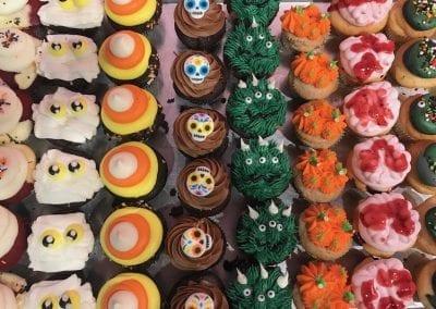 Halloween Cupcakes   3 Sweet Girls Cakery