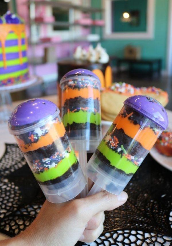 Halloween Cake Push Ups | 3 Sweet Girls Cakery