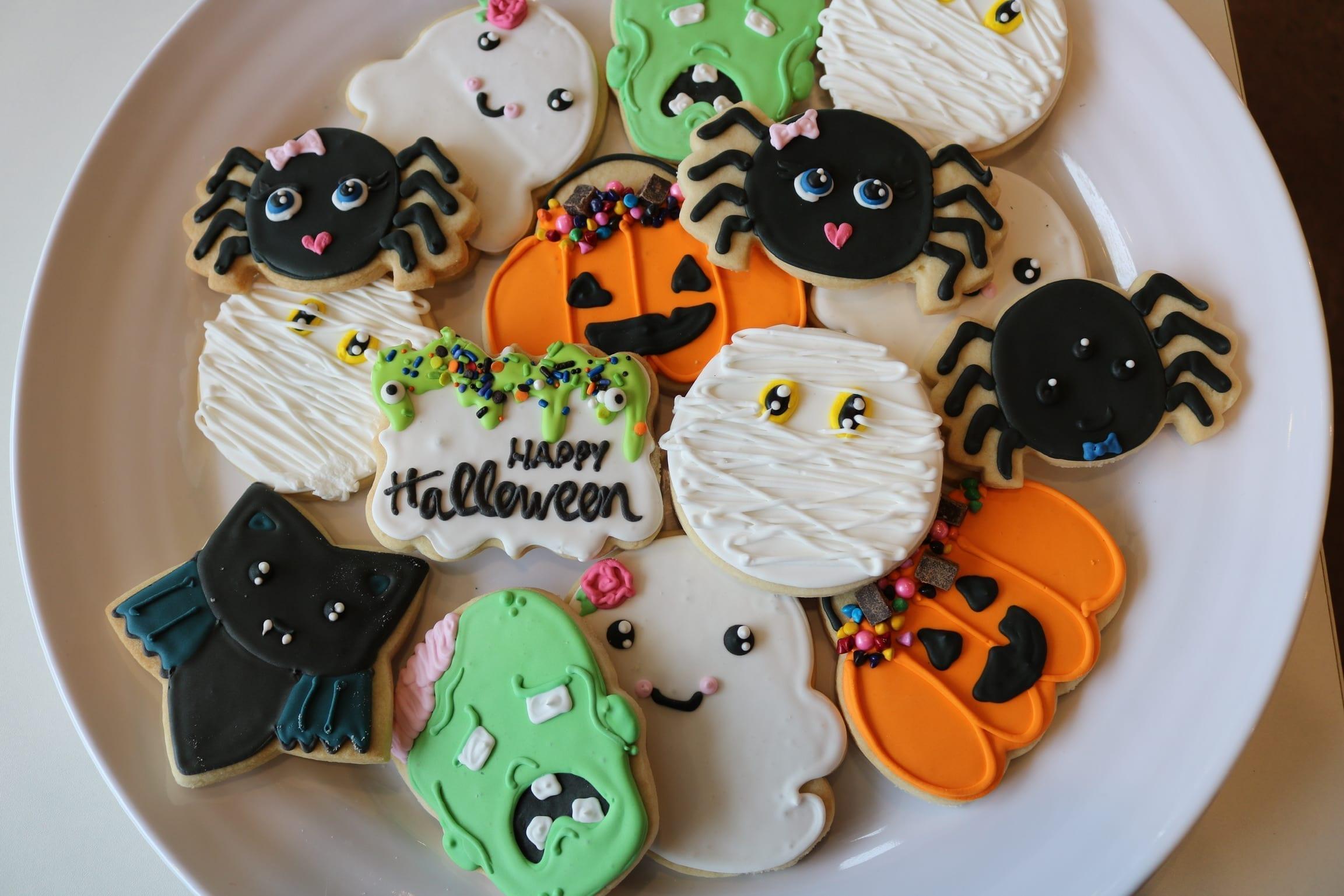Happy Halloween Cookies | 3 Sweet Girls Cakery