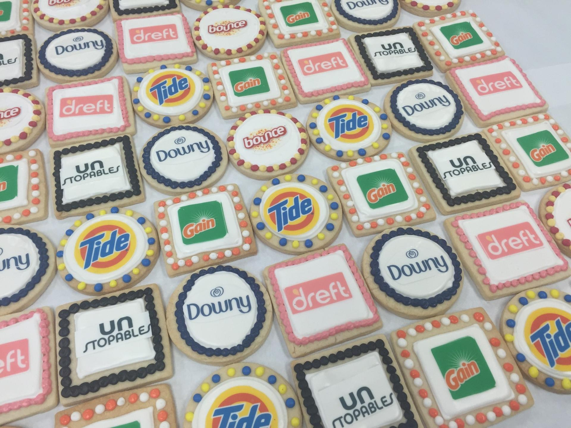 P and G Brand Logo Cookies