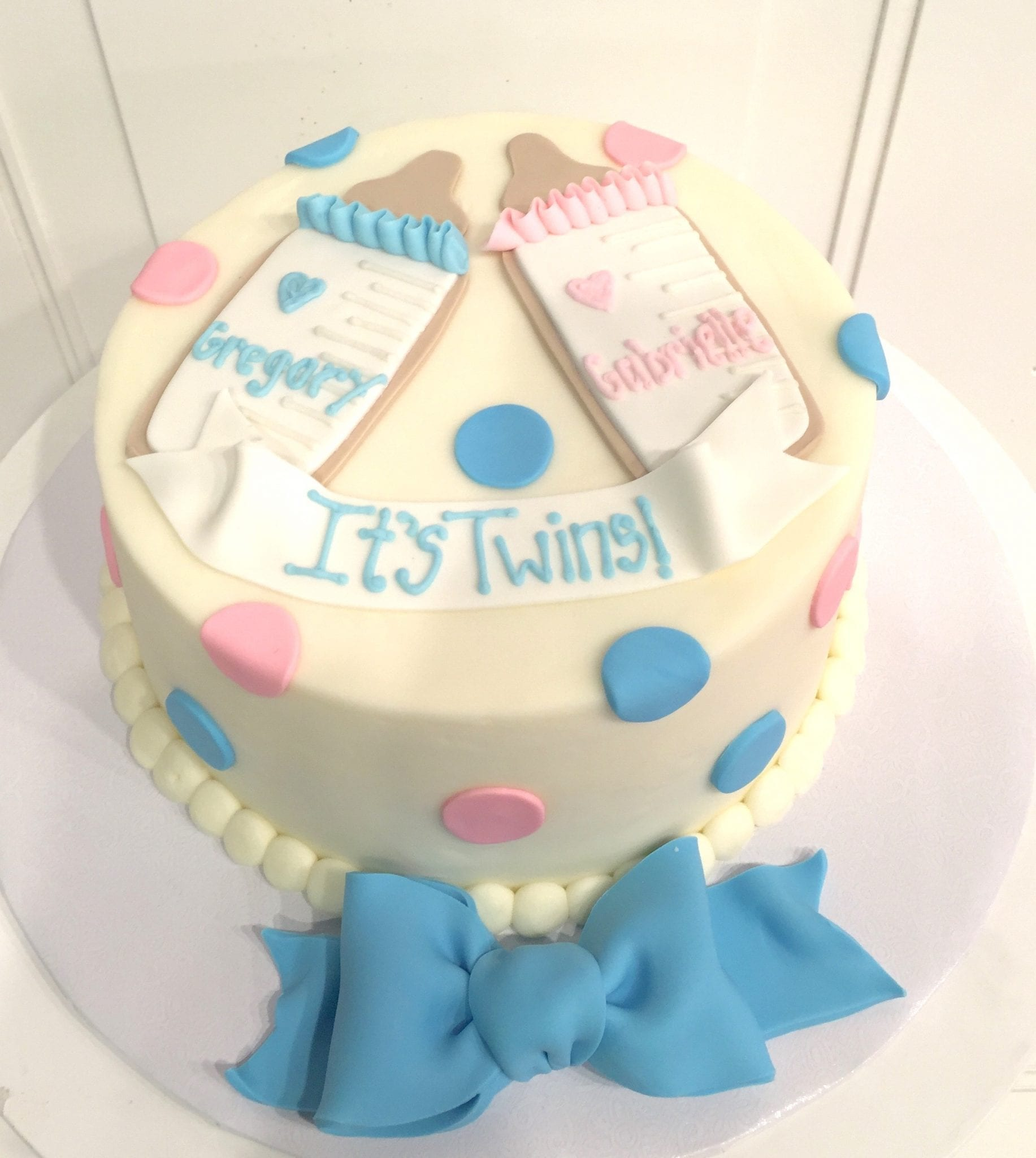 Baby Shower Cake for Twins   3 Sweet Girls Cakery