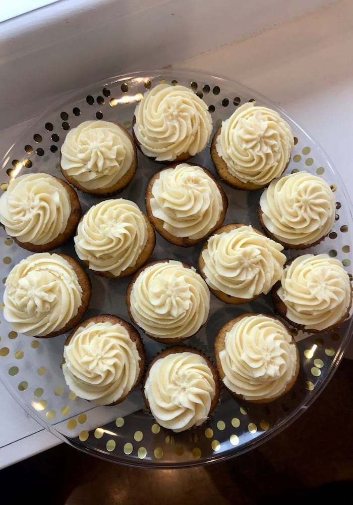 Keto Low Carb Vanilla Cupcakes | 3 Sweet Girls Cakery