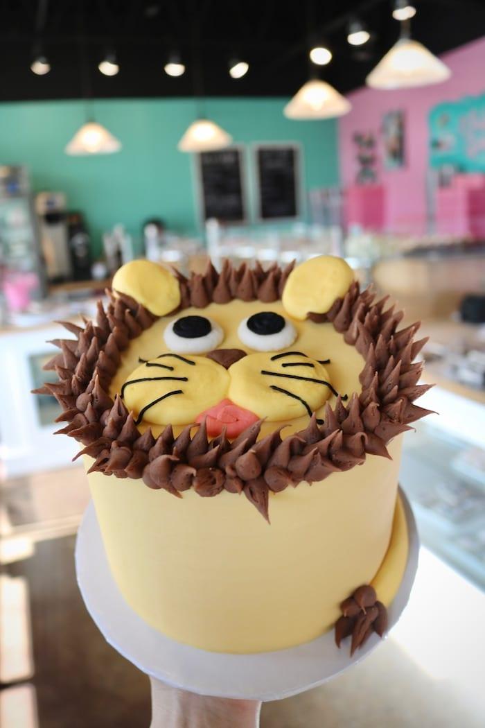 Lion Birthday Cake | 3 Sweet Girls Cakery