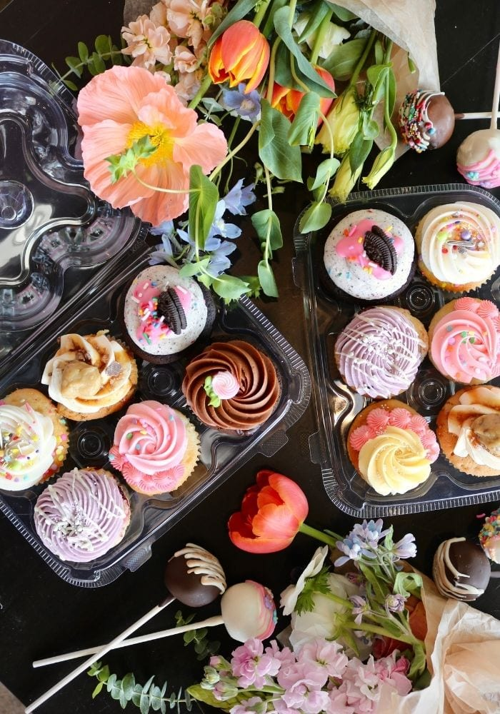 Mother's Day Cake Cupcakes | 3 Sweet Girls Cakery