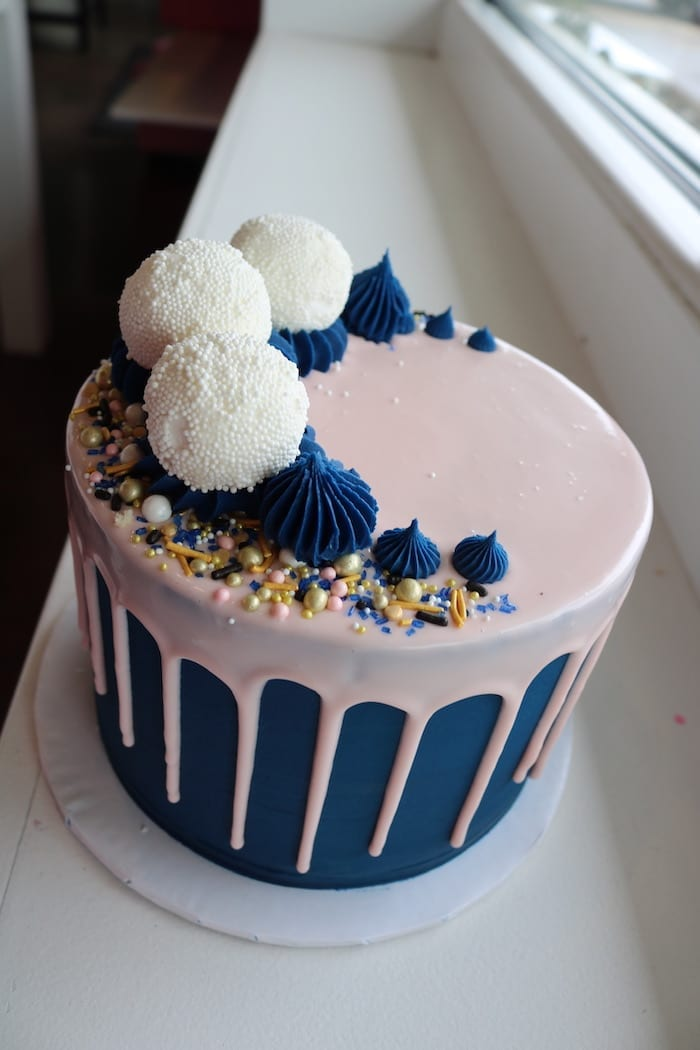 Navy, Blush and White Cake | 3 Sweet Girls Cakery