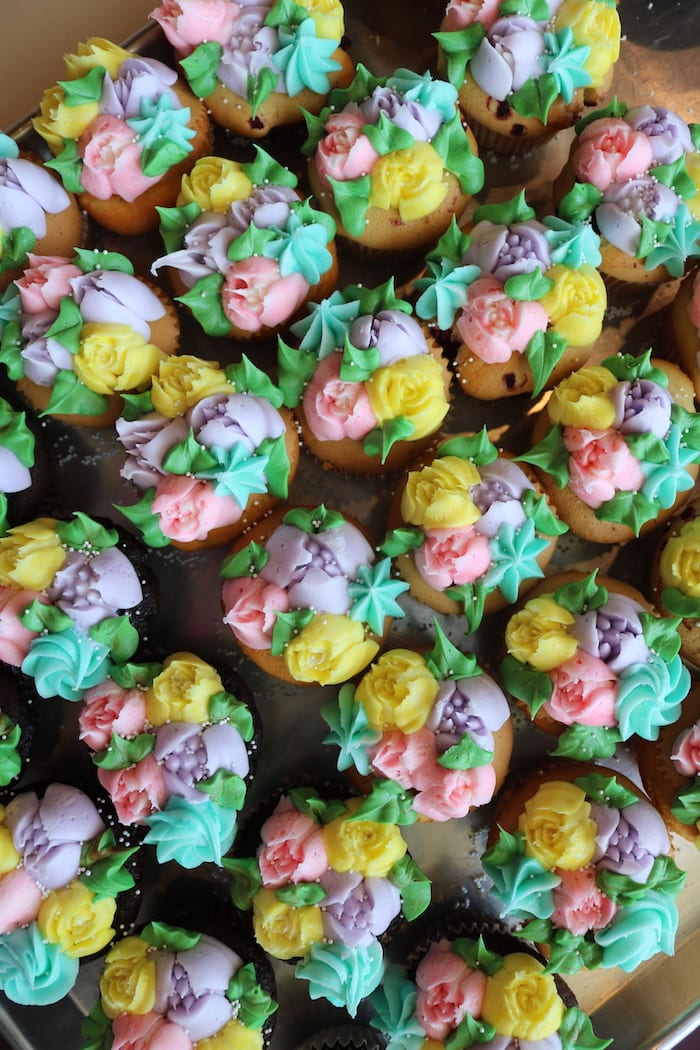 Pastel Floral Cupcqkes | 3 Sweet Girls Cakery