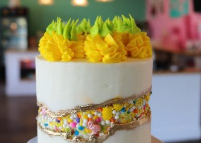 Pineapple Fault Line Cakes | 3 Sweet Girls Cakery
