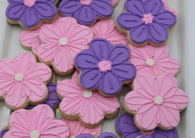 Pink and Purple Flowers | 3 Sweet Girls Cakery