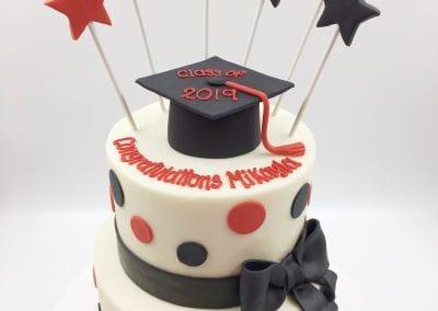 Red, Black and White Graduation Cake | 3 Sweet Girls Cakery