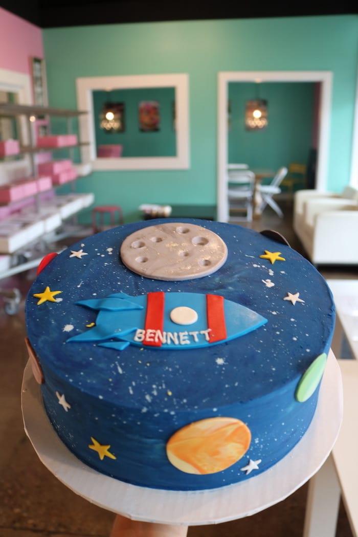 Space Cake | 3 Sweet Girls Cakery