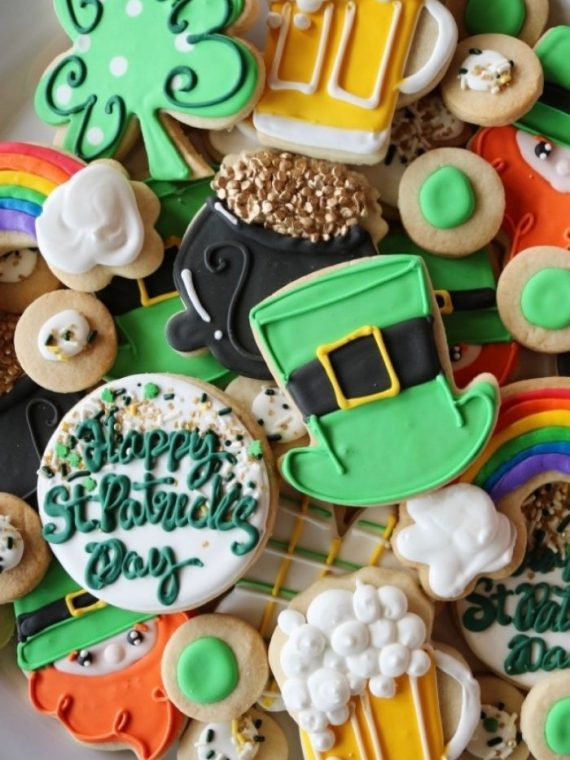 St. Patricks Day Cake Cookies | 3 Sweet Girls Cakery