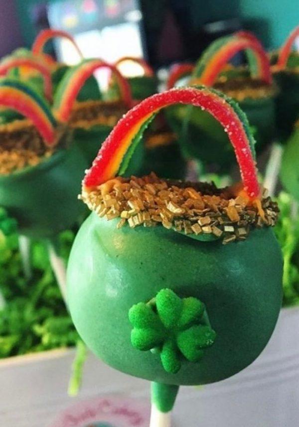 St. Patricks Day Cake Pops | 3 Sweet Girls Cakery