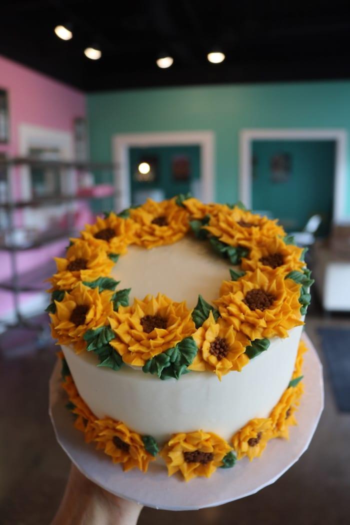 Sunflower Cake   3 Sweet Girls Cakery