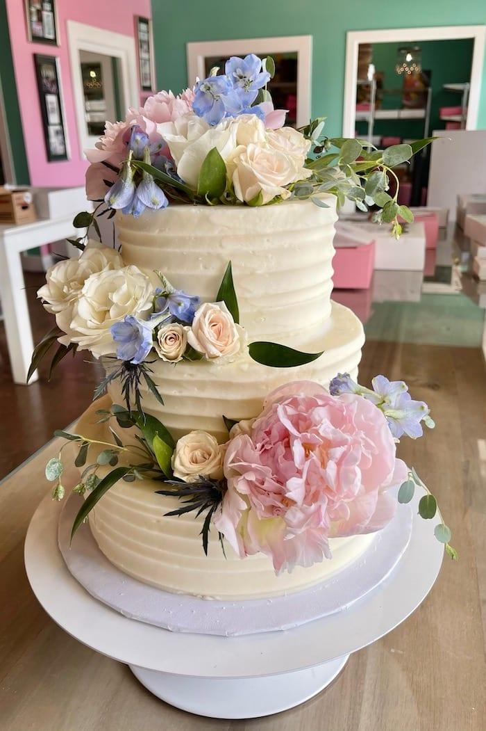 Textured Buttercream Wedding Cake with Fresh Flowers   3 Sweet Girls Cakery