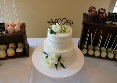 Wedding Cake, Cake Pops and Cupcakes | 3 Sweet Girls Cakery