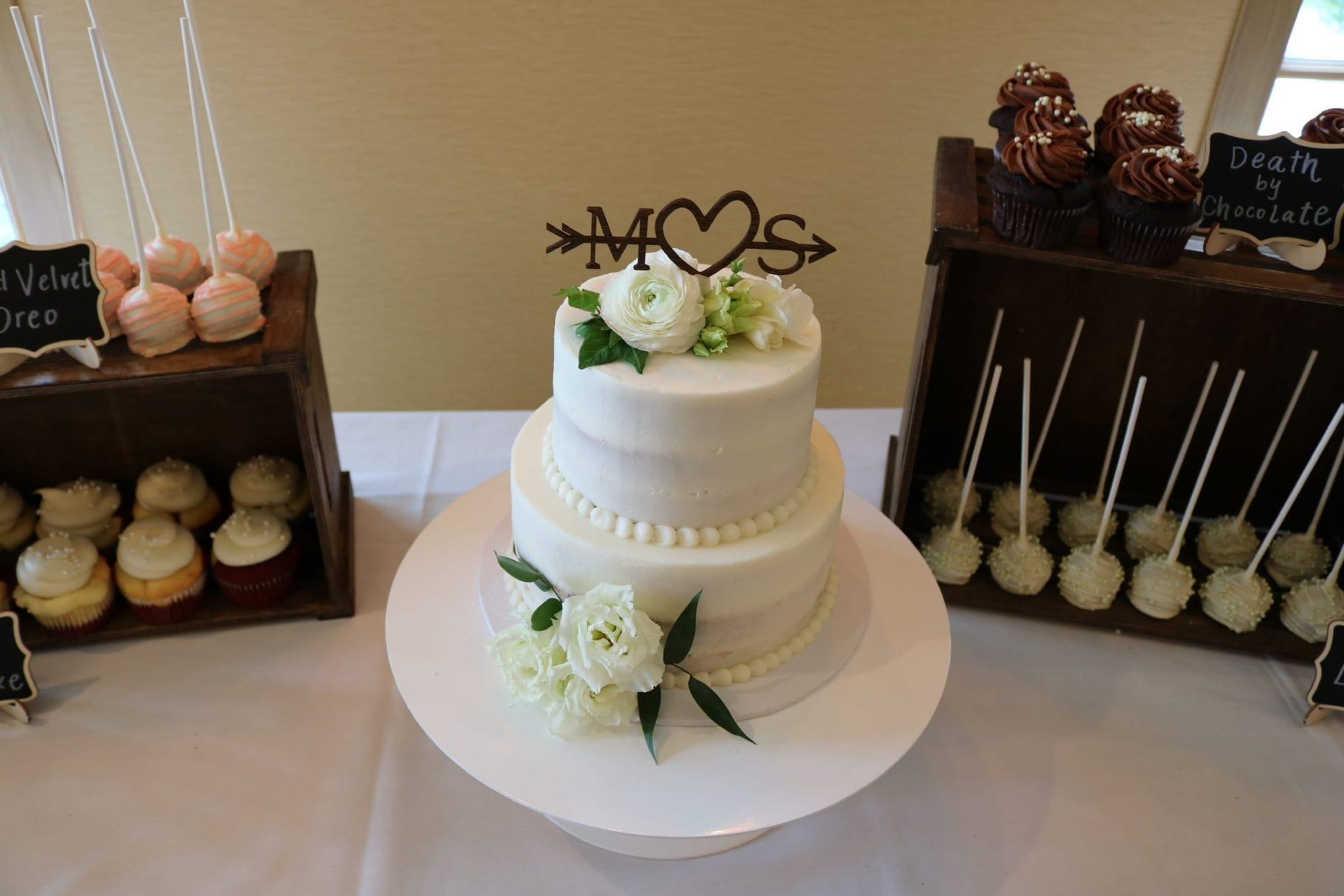 Wedding Cake, Cake Pops and Cupcakes | 3 Sweet Girls Cakery