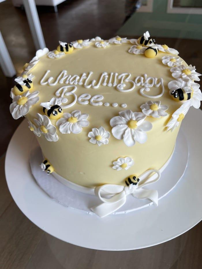 What will Baby Bee Cake | 3 Sweet Girls Cakery