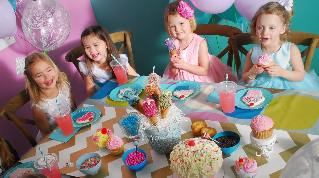 Birthday Party at 3 Sweet Girls Cakery