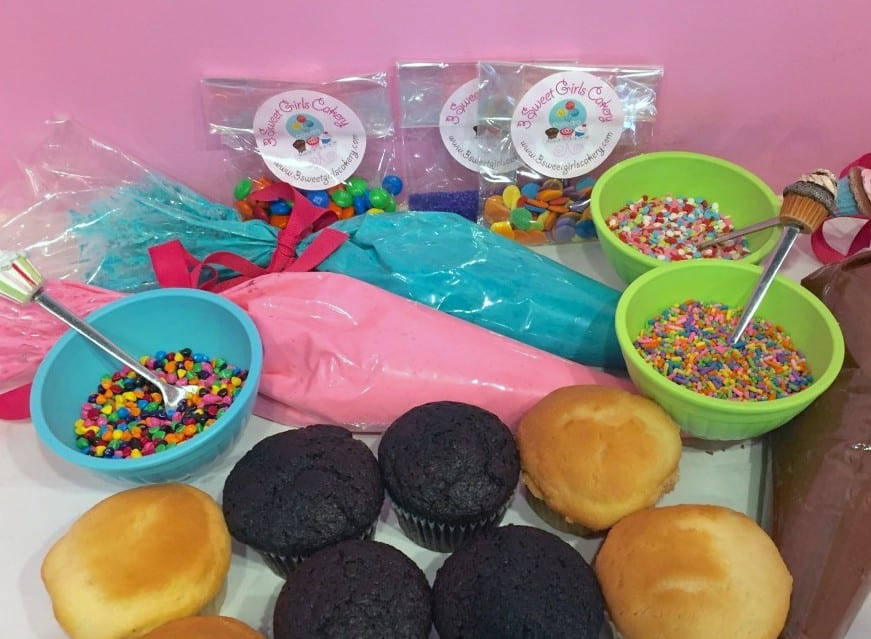 Cupcake Sundae Bar Ingredients components