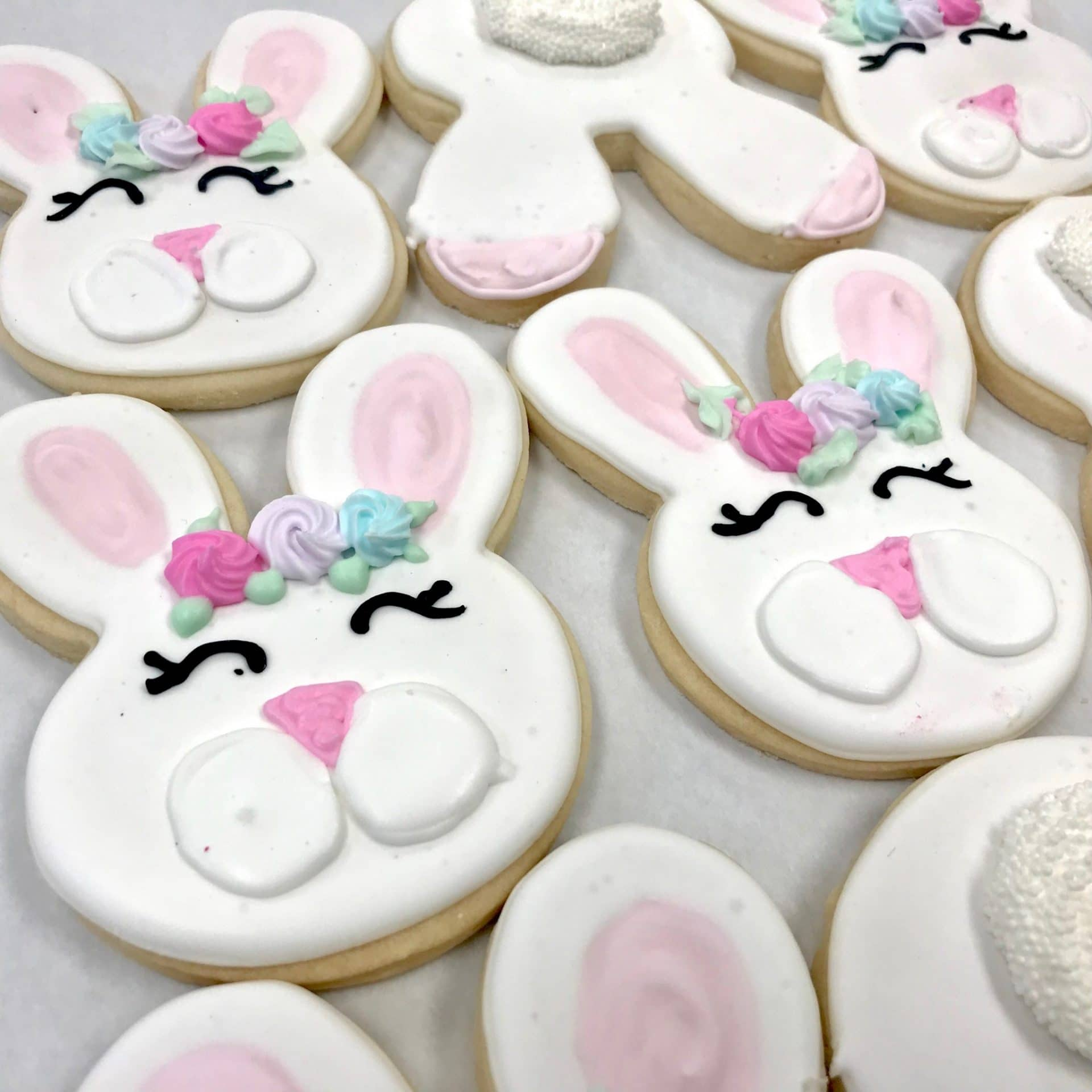 Easter Bunny Cookies with Rosettes | 3 Sweet Girls Cakery