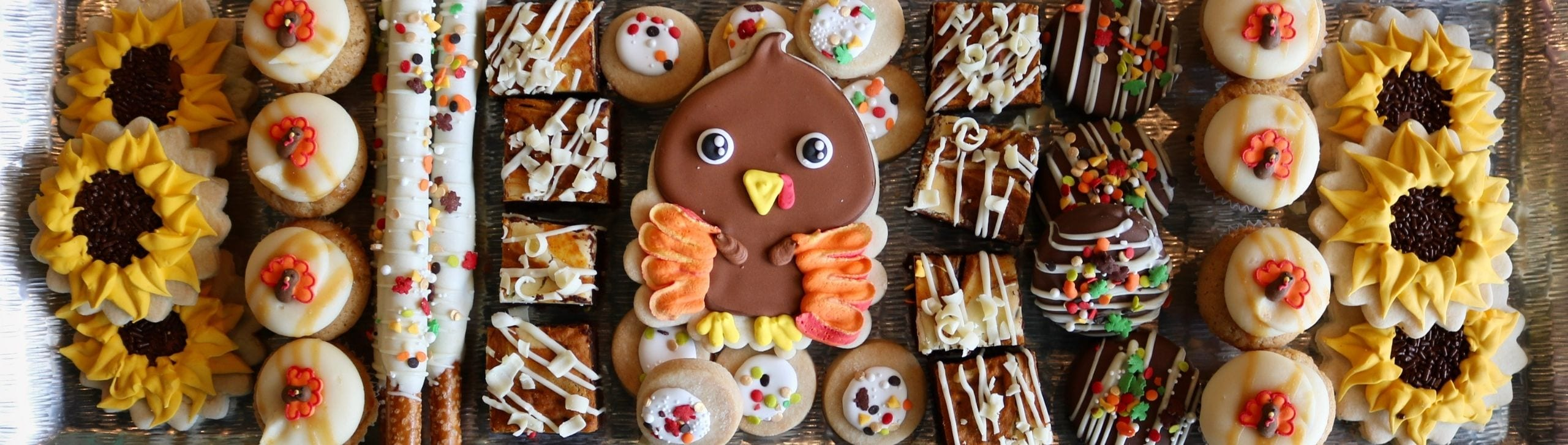 Thanksgiving Dessert Tray | 3 Sweet Girls Cakery