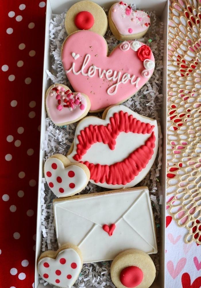 Valentine's Day Cookies   3 Sweet Girls Cakery