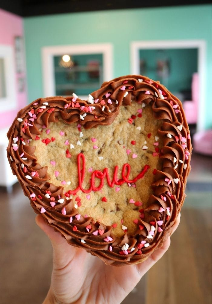 Valentine's Day Cookie Cake   3 Sweet Girls Cakery