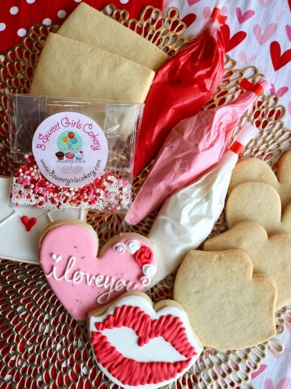 Valentine's Day Cookie Decorating Kit | 3 Sweet Girls Cakery